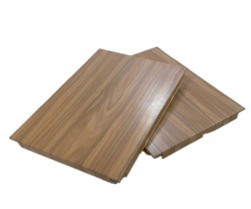 云南铝单板厂家讲解铝蜂窝板的优点